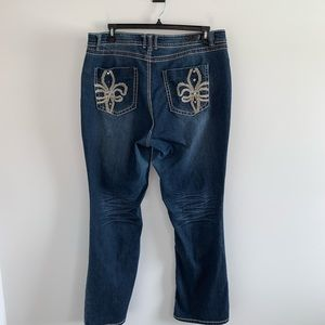 Royalty by YMI Boot-Cut Jeans Size 20W
